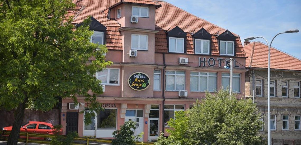 Hotel 'Miris Dunja 88'